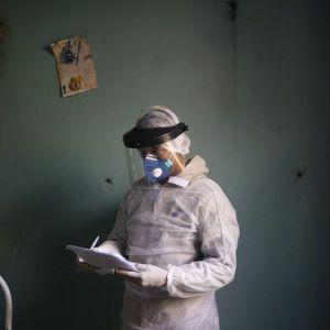 Коронавірус в Україні: кількість заражених перевалила за 36 тисяч