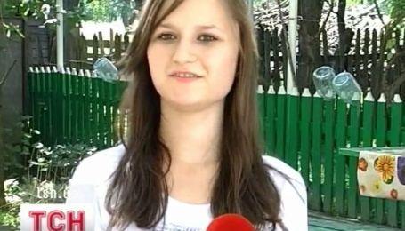 На Буковине 10-классница спасла жизнь племянницы, отдав ей часть своей кожи