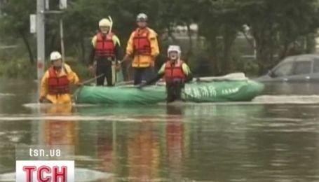 Масштабное наводнение накрыло Японию