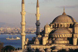 Відсьогодні українці можуть їздити до Туреччини без віз