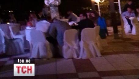 Первый день свадьбы Санты Димопулос