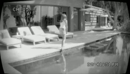 Дженніфер Еністон в рекламі SmartWater