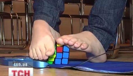 В Харькове соревновались в сборке Кубика Рубика