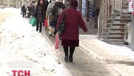Україна не має належної техніки для розчищення доріг від снігу