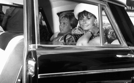 29 июля в истории: несравненная Софи Лорен на Сицилии и свадебный поцелуй принцессы Дианы. Фотоархив