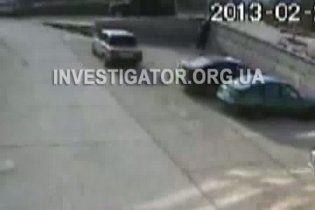 В інтернеті з'явилося відео вбивства мера Сімеїза