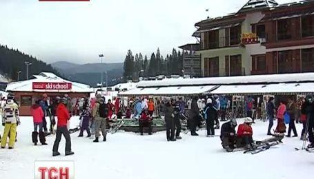 """Бархатный сезон для лыжников начался в """"Буковеле"""""""