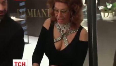 Софи Лорен открыла в Гонконге брендовый бутик ювелирных украшений