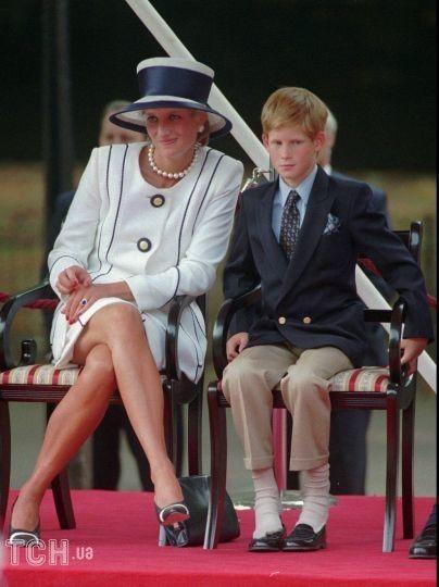 Принц Гаррі з мамою Діаною / © Associated Press