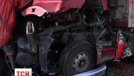Дев'ятеро людей загинуло у ДТП в китайській провінції Хенань