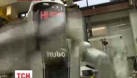 У PSY з'явився двійник-робот