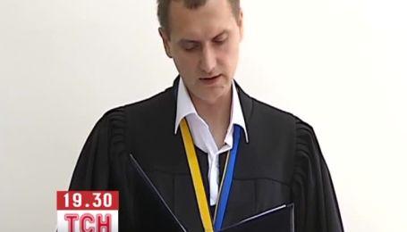 Разрушителям памятника Ленину в Киеве дали два-три года условно