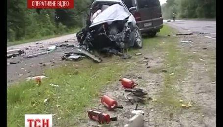 Через аварію на Житомирщині двоє братиків залишилися сиротами