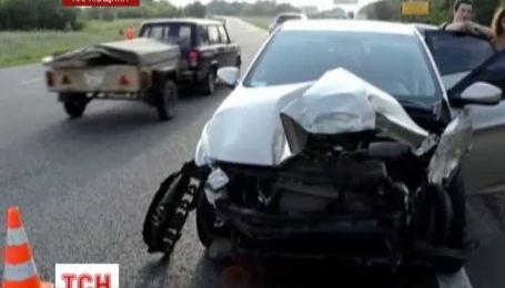 На Харьковщине из-за женщины-водителя 5 человек пострадали в аварии