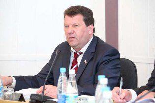 Турчинов наложит вето на отмену закона о языках