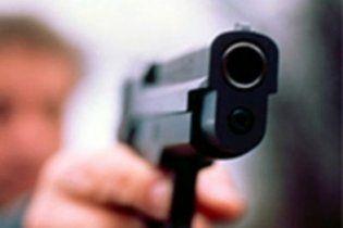 В Полтаве 71-летний пенсионер в суде выпустил несколько пуль в юриста