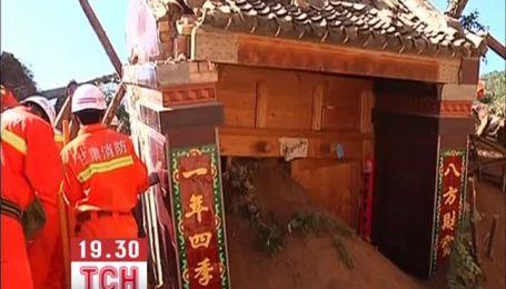 В Китае стремительно растет количество погибших от землетрясения