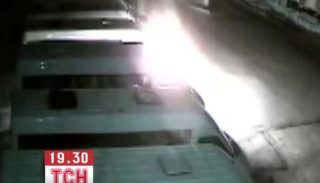 Появились видеодоказательства поджога маршруток под Киевом