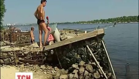 Рыбаки построили свой Киев