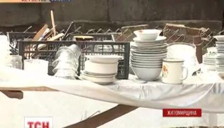 Кількість шпиталізованих після весілля на Житомирщині сягнула півсотні