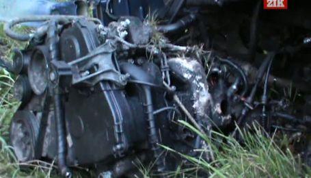 Двое погибших и один в тяжелом состоянии в результате ДТП на Ровенщине