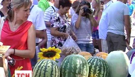 На Херсонщині пройшов фестиваль любителів кавунів