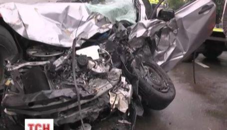 В столичной аварии разлетелось пять авто