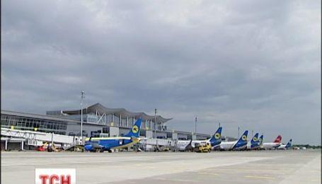 Украинцы все активнее летают. Количество пассажиров авиакомпаний выросло на 7%