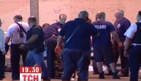 12 человек получили ранения во время стрельбы в Чикаго