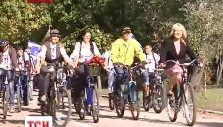 В Херсоне открыли первую в городе велодорожку