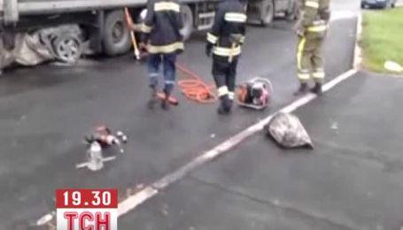 На Полтавщине водитель Mazda врезался в грузовик