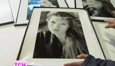 """Фотографии Кейт Мосс ушли с молотка на аукционе """"Кристис"""" почти за два миллиона долларов"""