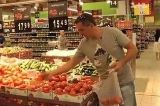 Українці переплачують за продукти в магазинах до 50%