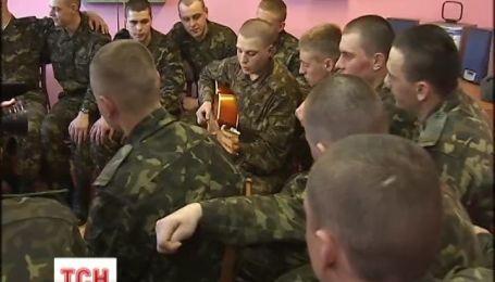 В Украине начался последний призыв в вооруженные силы