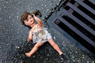 На Івано-Франківщині п'яний нелюд зґвалтував 2-річну дівчинку