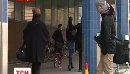 В финской школе 16-летний порезал четырех девушек