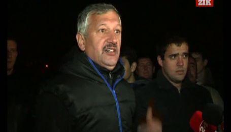 Трагічна загибель дитини у каналізації у Львові не спонукала чиновників залатати люки