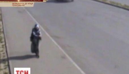 В России обнародовали видео с камер наблюдения, которые засняли смертницу перед совершением теракта