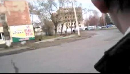 В Омске голый бросался под колеса машин