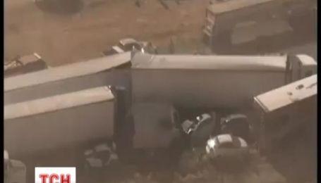 В Аризоне в масштабной аварии столкнулись сразу 19 машин