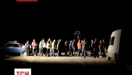Півтори доби  блокували дорогу жителі трьох сіл Косівського району на Прикарпатті