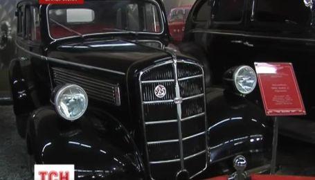 У Запоріжжі вперше зібрали докупи унікальну та найбільшу в Україні колекцію ретротехніки