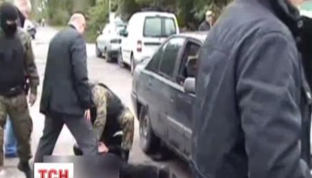 Голові райради на Житомирщині загрожує до десяти років в'язниці за хабарництво