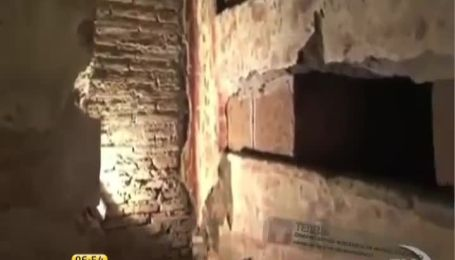 Google надав можливість прогулятися катакомбами Ватикану