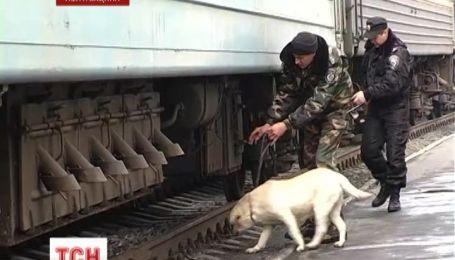 На Полтавщині жартівники по телефону «замінували» вокзал