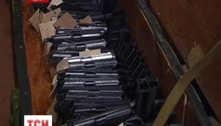 Цілий арсенал зброї відправили на переплавку в Сумах