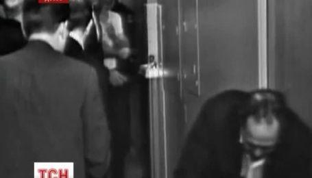 Мир уже 50 лет ломает голову: кто же убил Джона Кеннеди