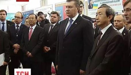 Янукович договорился в Пекине о масштабных инвестициях в украинскую экономику