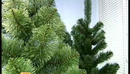 Украинцы все чаще отдают предпочтение искусственным елкам