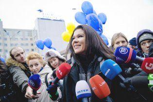 Руслана без трусов видео онлайн фото 632-581